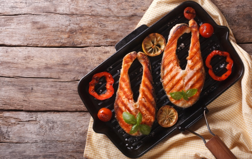 рыба на сковороде-гриль